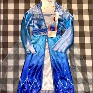New! Elsa dress size 4-6. Retails $30 asking $15